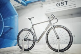Ultimate-CF-SLX-Prototype-in-wind-tunnel-by-Rene-Zieger.jpg