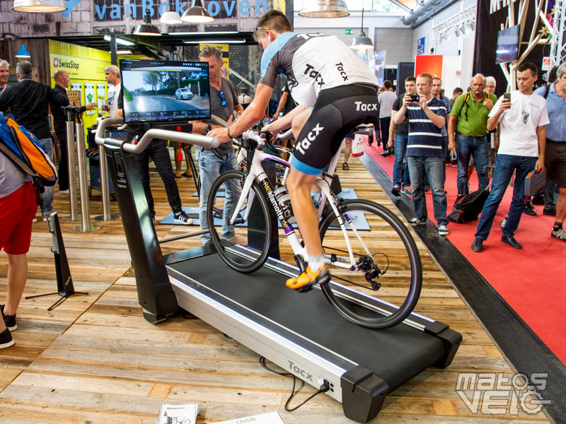 Eurobike : Tacx Magnum, le home trainer tapis roulant pour ...