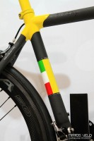 Colnago-C60-Tricolore-Limited-Edition-005.jpg