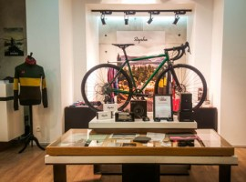 Rapha-Pop-Up-Store-Paris-001.jpg