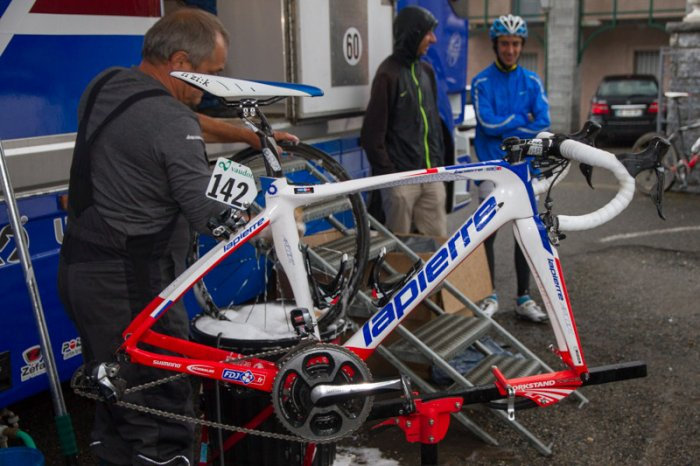 Stage-Pyrenees-FDJ-materiel-2014-079.jpg