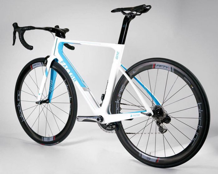 Factor-One-AG2R.jpg