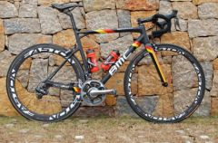 BMC-Teammachine-SLR01-Philippe-Gilbert.jpg