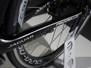 Team-Sky-Pinarello-Dogma-F8-MV-1.jpg