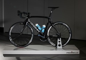 Team-Sky-Pinarello-Dogma-F8-MV-6.jpg