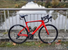 BMC-Roadmachine-02-105-002.jpg
