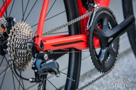 BMC-Roadmachine-02-105-015.jpg