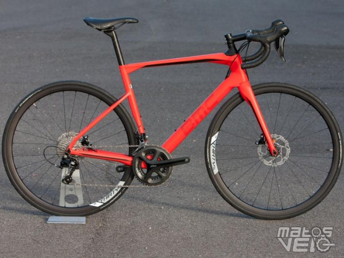 BMC-Roadmachine-02-105-042.jpg