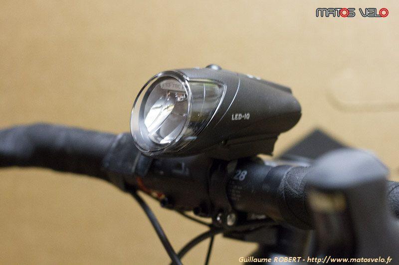 Vélo DEL Batterie Lumière Set b/&m Ixon Pure B sans Batteries IX Post