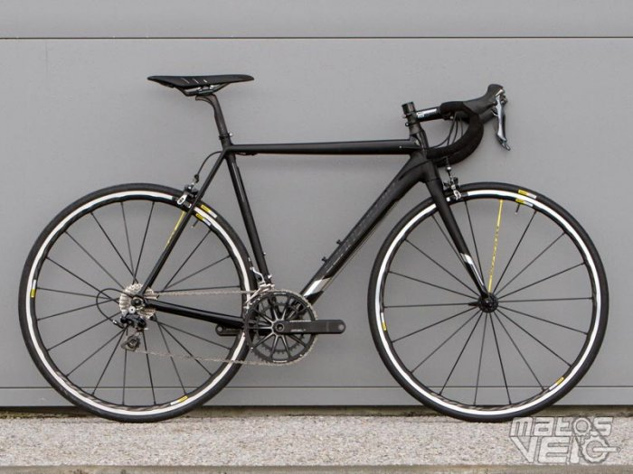 Cannondale-CAAD12-Black-Inc-003.jpg
