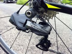 shimano-ultegra-di2-electronic-review-rear-der01.jpg