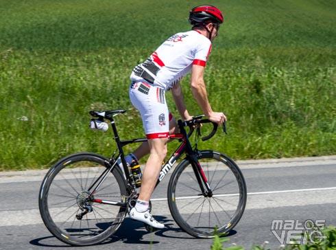 Test de la tenue personnalisée Poli - Matos vélo 8d27f75e475